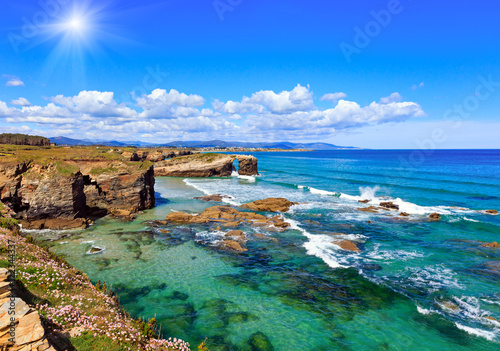Photo sur Toile Cote Cantabric coast summer sunshine landscape.