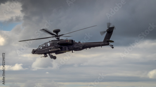 Tuinposter Helicopter Apache helicopter in flight