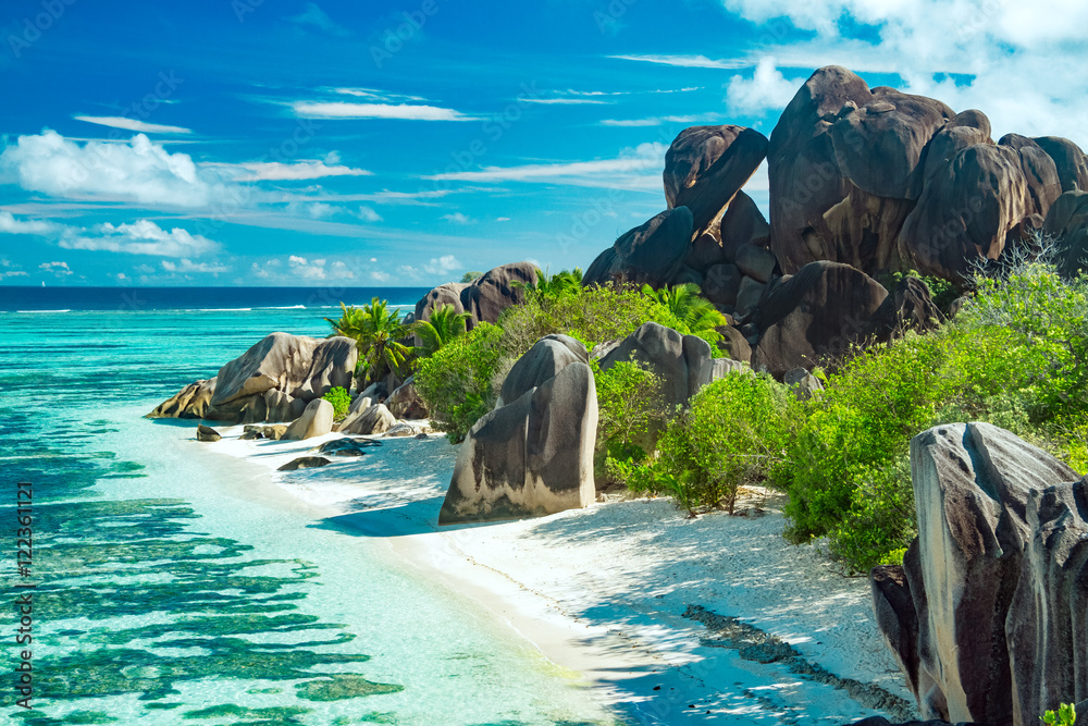 Fototapety, obrazy: The most beautiful beach of Seychelles - Anse Source D'Argent