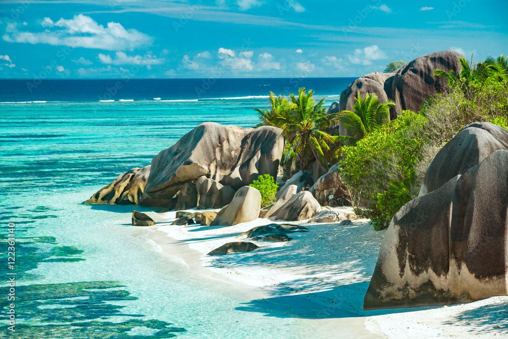 Fototapeta The most beautiful beach of Seychelles - Anse Source D'Argent