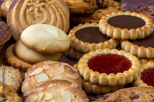 Tuinposter Koekjes des biscuits, gâteaux secs et tartelettes