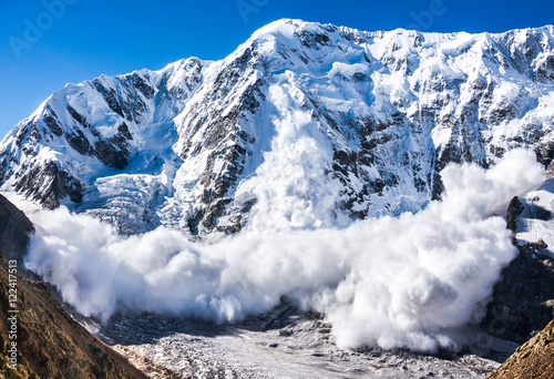 Canvas Power of nature. Avalanche in the Caucasus