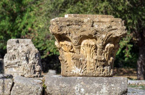 Fotografie, Obraz  Antikes Säulenfragment, Korinthisch, Ancient Column,16129.jpg