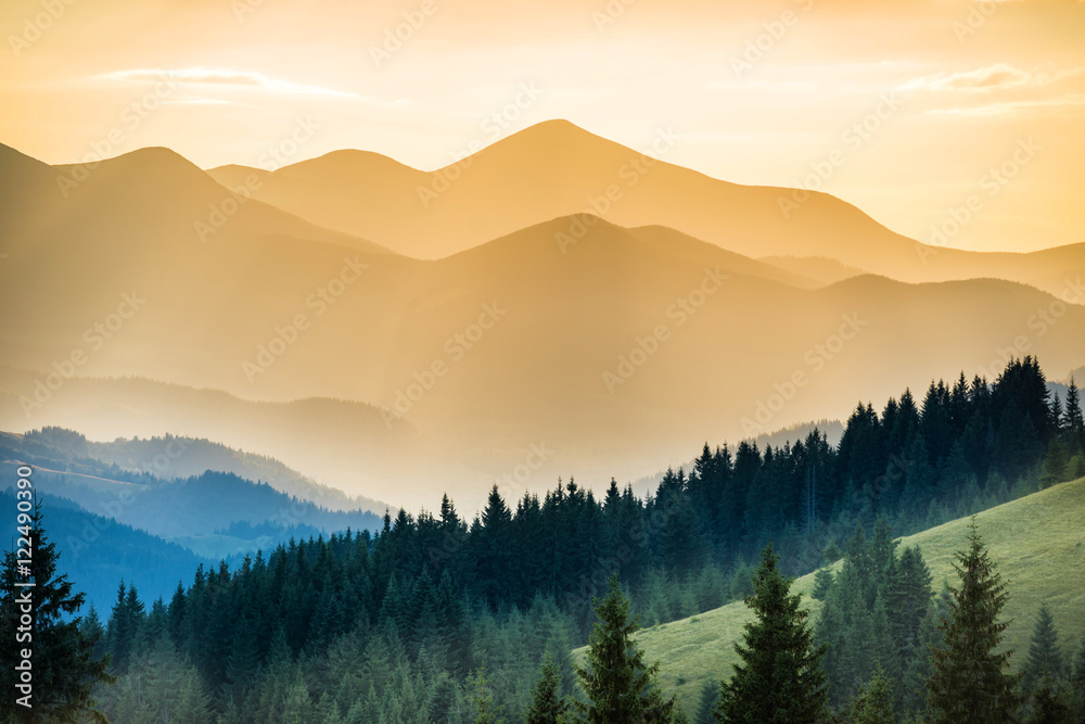 Fototapety, obrazy: Beautiful sunset in the mountains