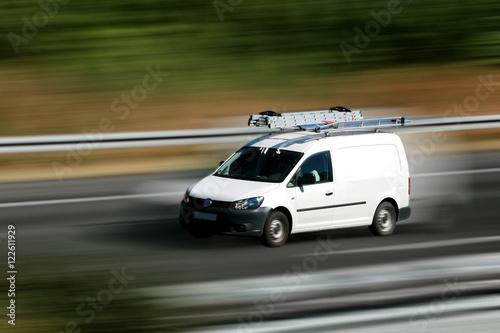 Photo  High speed service