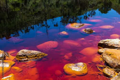 Piedras en el Rio Tinto