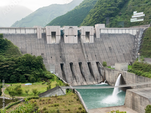 Photo sur Toile Barrage Nagashima Dam in Shizuoka, Japan (静岡県 長島ダム)