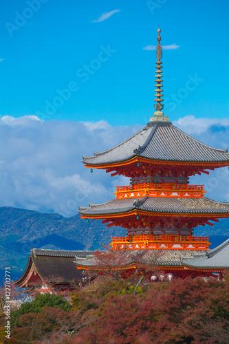 Poster Kyoto Red pagoda at Taisan-ji Temple near Kiyomizu-dera Temple in Kyoto, Symbol of Japanese culture.