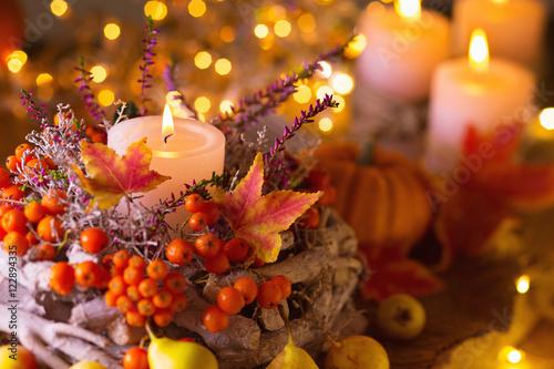 Photo  Festlich gedeckter Tisch im Herbst