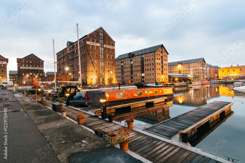 Vászonkép  Gloucester Docks at dusk
