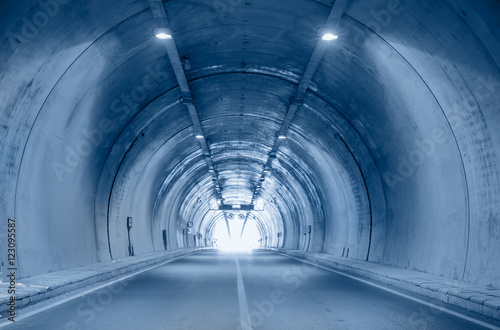 Keuken foto achterwand Tunnel highway road tunnel