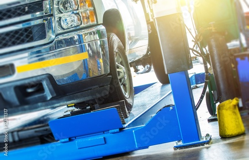 Photo Car Wheel Alignment Check