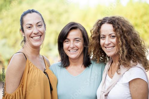 Tres amigas Canvas-taulu