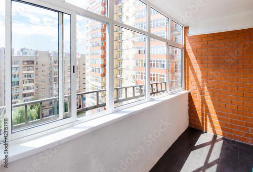 Photo Glazed balcony