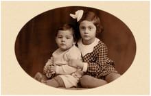 Geschwisterpaar Anno 1935