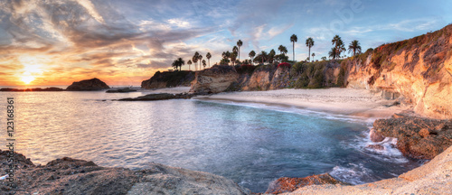 Obraz na płótnie Sunset view of Treasure Island Beach at the Montage in Laguna Beach, California,
