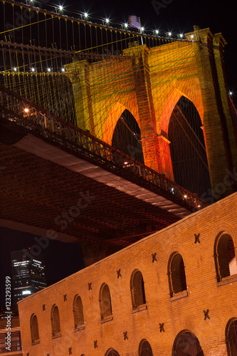 Photo  Brooklyn Bridge from Dumbo