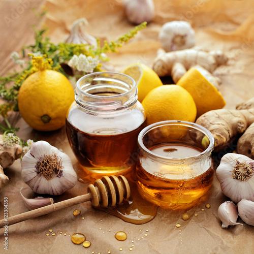Photo  Honey, lemon, garlic, herbs and ginger
