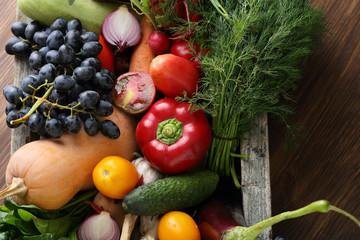 Crate full og fresh vegetables