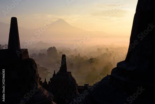 Spoed Foto op Canvas Bali Borobudur bei Sonnenaufgang