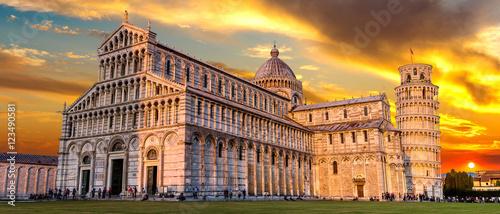 Obrazy na płótnie Canvas Pisa cathedral