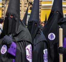 Procesiones De Semana Santa En Sevilla, Cofradía De San Bernardo, España