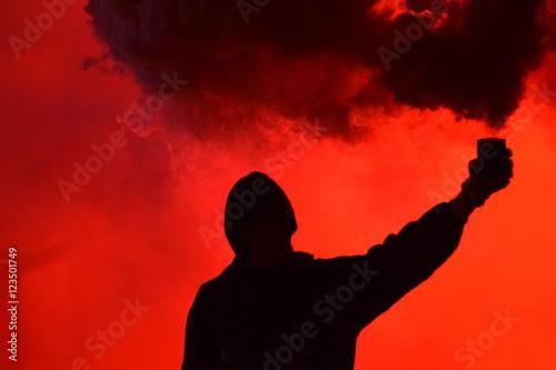 Fotografia Manifestación y bote de humo
