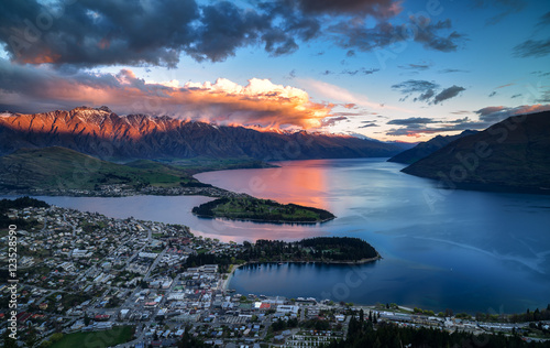 Cityscape, sunset of queenstown with lake Wakatipu from the skyl