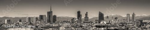 Garden Poster Milan Milan Italy - panoramic skyline black and white