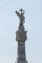 "Kuba, Havanna;  Friedhof  "" Necropolis Cristobal Colon ""  Monumento A Los Bomberos."