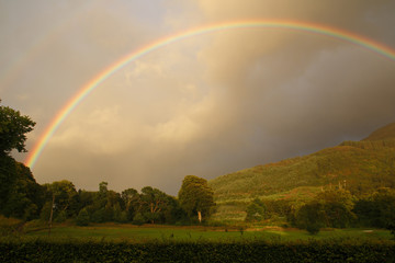 Regenbogen in den Highlands Ballachulish Schottland