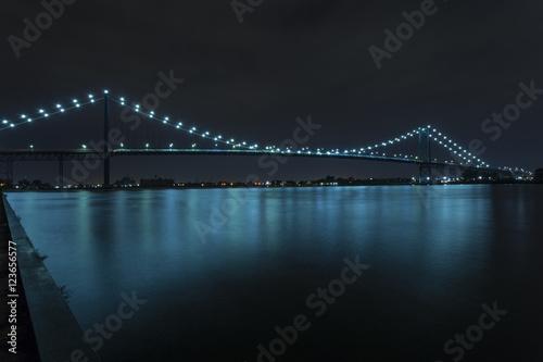 Foto op Canvas Brug Ambassador Bridge
