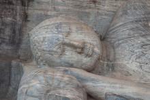 Reclining Buddha Statue Close ...