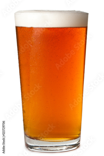 Foamy head pint glass of amber beer ale lager isolated on white background фототапет