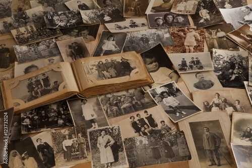 Fotografie, Obraz Vecchie fotografie con album fotografico