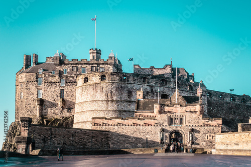 Fotobehang Midden Oosten Frontal view of Edinburgh Castle in Scotland