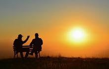 İki Arkadaşın Gün Batımına Yolculuğu