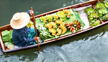 Floating Market,Woodenboats,thailand
