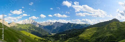 Photo Dolomites alps, amazing panoramic landscape at Italian South Tyrol