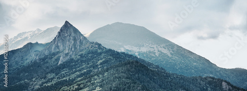 Montagne Mountain Zakan
