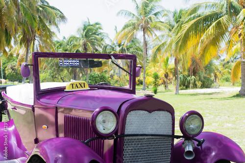 American Classic car on street in Havana Cuba Wallpaper Mural