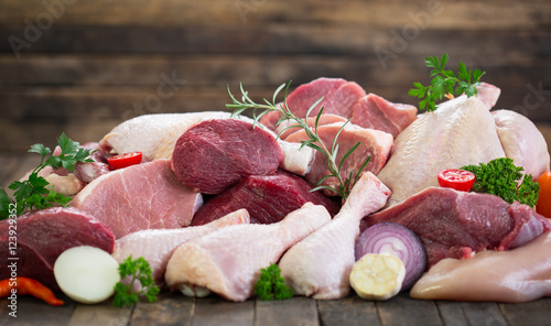 Tuinposter Vlees Raw meat