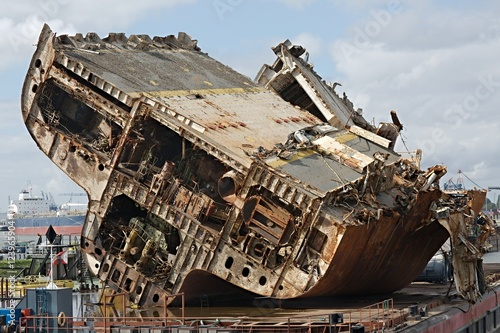 Photo sur Toile Naufrage Cargo ship wreck