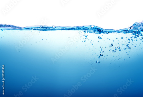 Foto op Plexiglas Water Close up blue Water splash with bubbles on white background