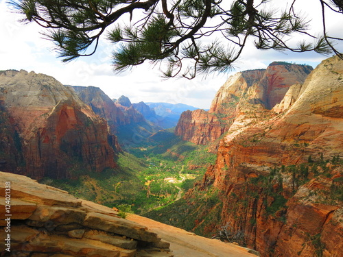 Fototapeta  Trail to Angels landing, Zion National Park, USA