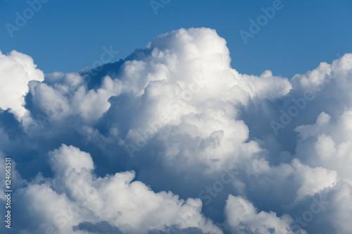 chmury-na-niebie-tarifa-kadyks-andaluzja-hiszpania