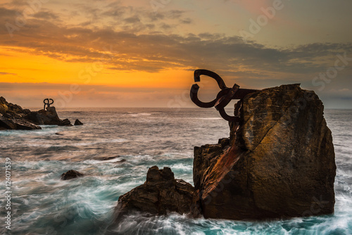 "Photo  Sculpture ""Peine de los Vientos"" at sunset, in San Sebastian (Spain)"
