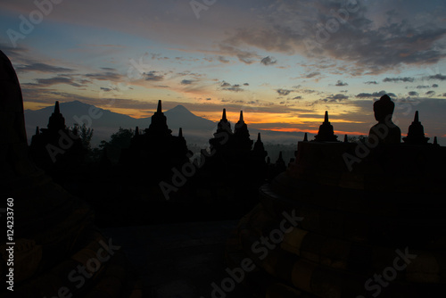 Spoed Foto op Canvas Bali Sonnenaufgang über Borobudur, Java