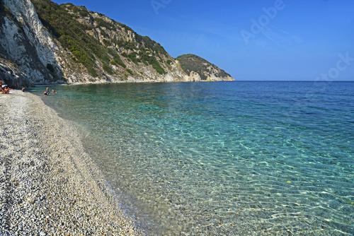 Fotografía  Nature and crystal clear sea in Elba Island, Tuscany, Italy.