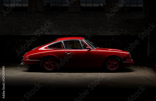 Photo  911 Oldtimer roter Sportwagen, Rennauto siebziger Jahre